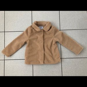 Old Navy teddy bear coat (girls) - size 5T